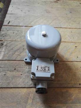 初中电路盒中的电铃图片