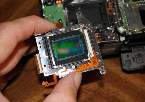 松下研发新型图像传感器 感光度提高至100倍