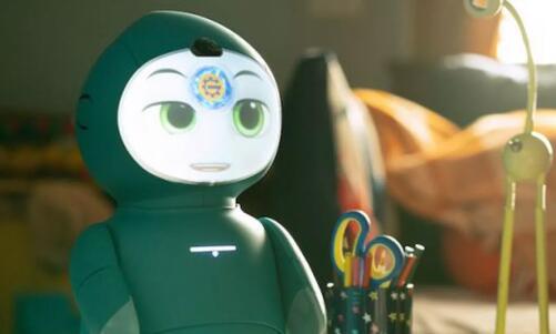 這款憨態可掬的教育機器人為6至9歲孩子打造