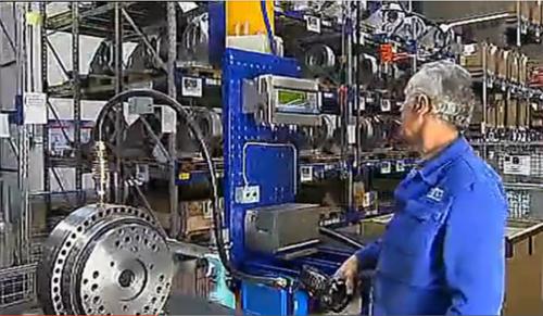 工业龙8国际娱乐生产厂家德国KUKA公司宣传片