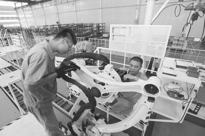 青岛布局机器人产业 推进产业发展提速