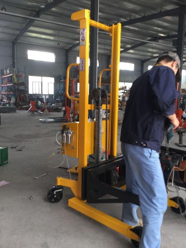 dcs-ht-l-贵州250kg油桶搬运车电子秤