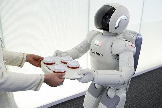 日本机器人产业发达 拟构建无障碍社会